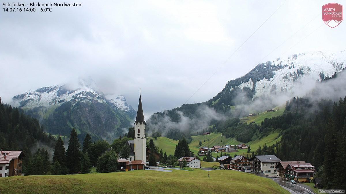 Winterliche Überraschung: Schnee in den Bergen um Schröcken, Vorarlberg, 14. Juli 2016