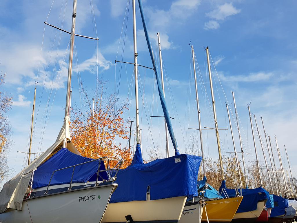Segelboote vor dem Winterschlaf, 4. November 2017