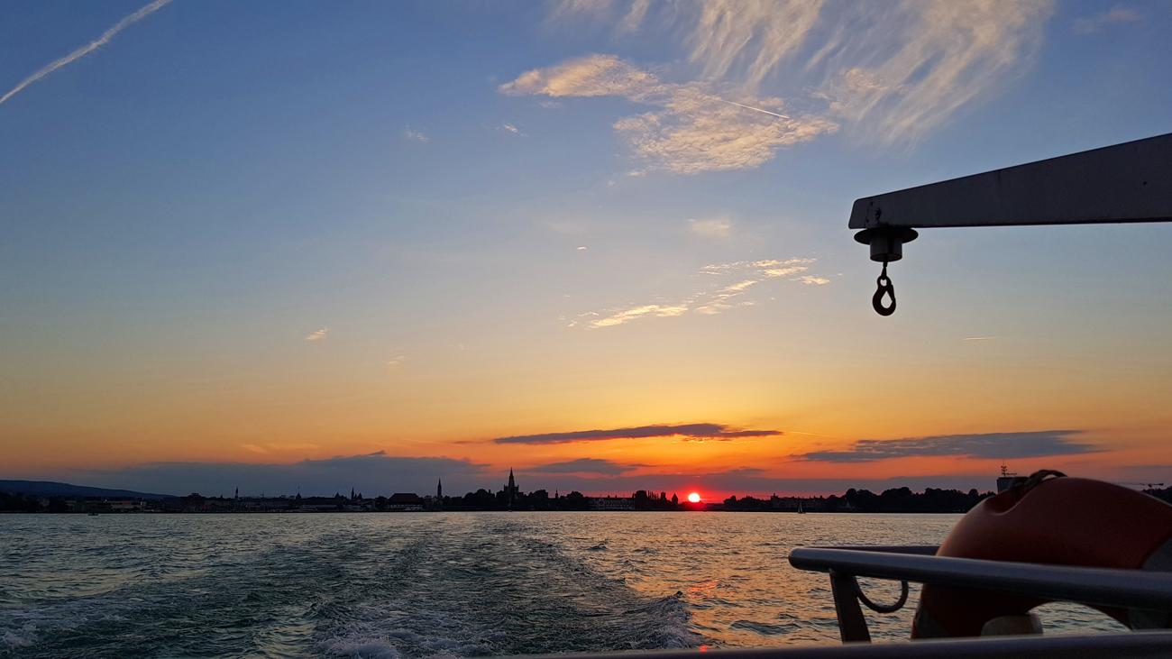 Fahrt mit dem Katamaran im Abendlicht, 15. Juni 2018