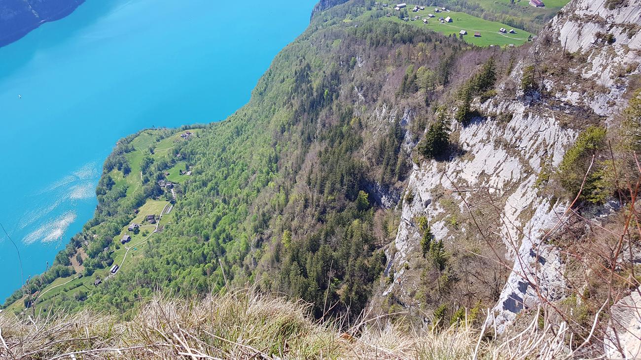 Blick von einer Felsklippe nach Süden, 1. Mai 2019
