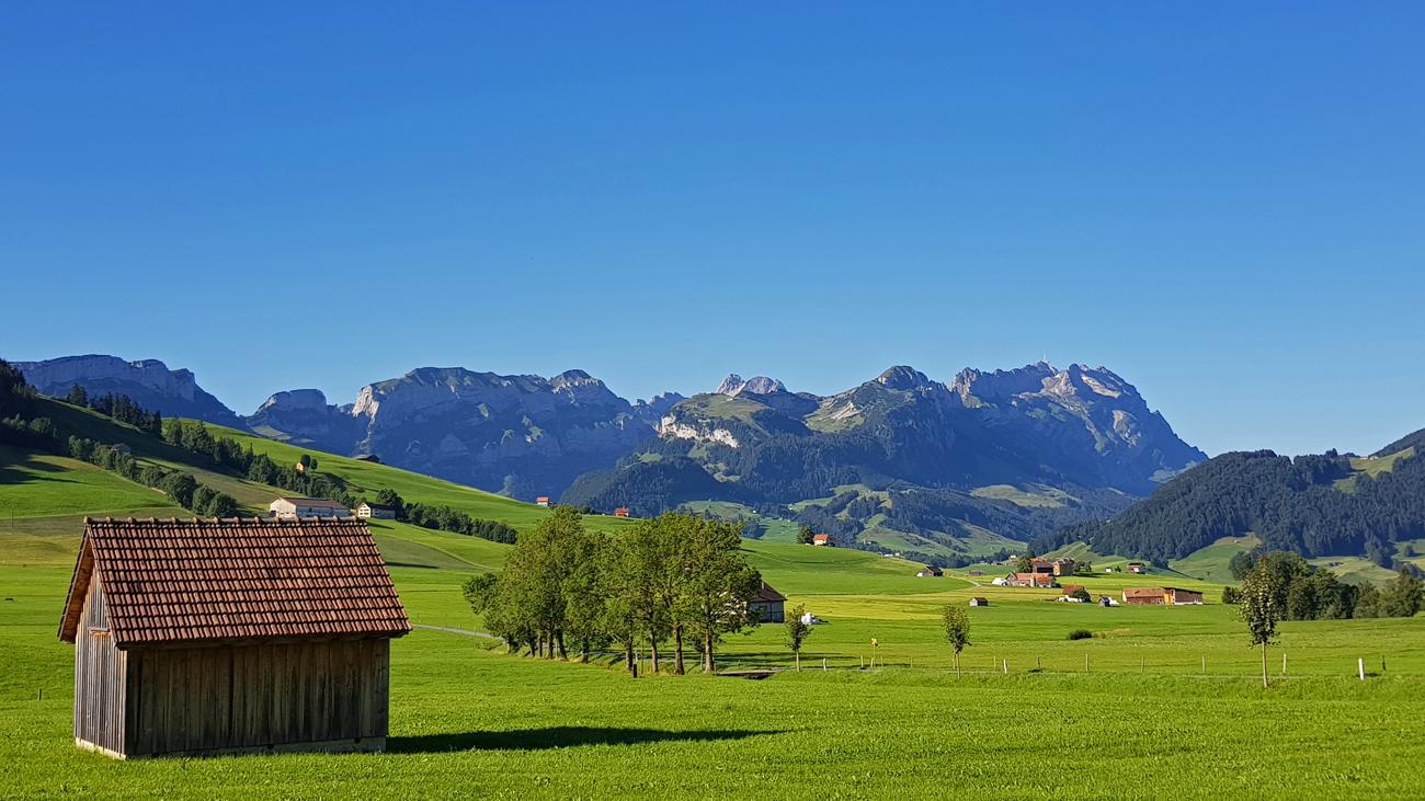 Appenzeller Land mit Säntismassiv, 18. August 2019