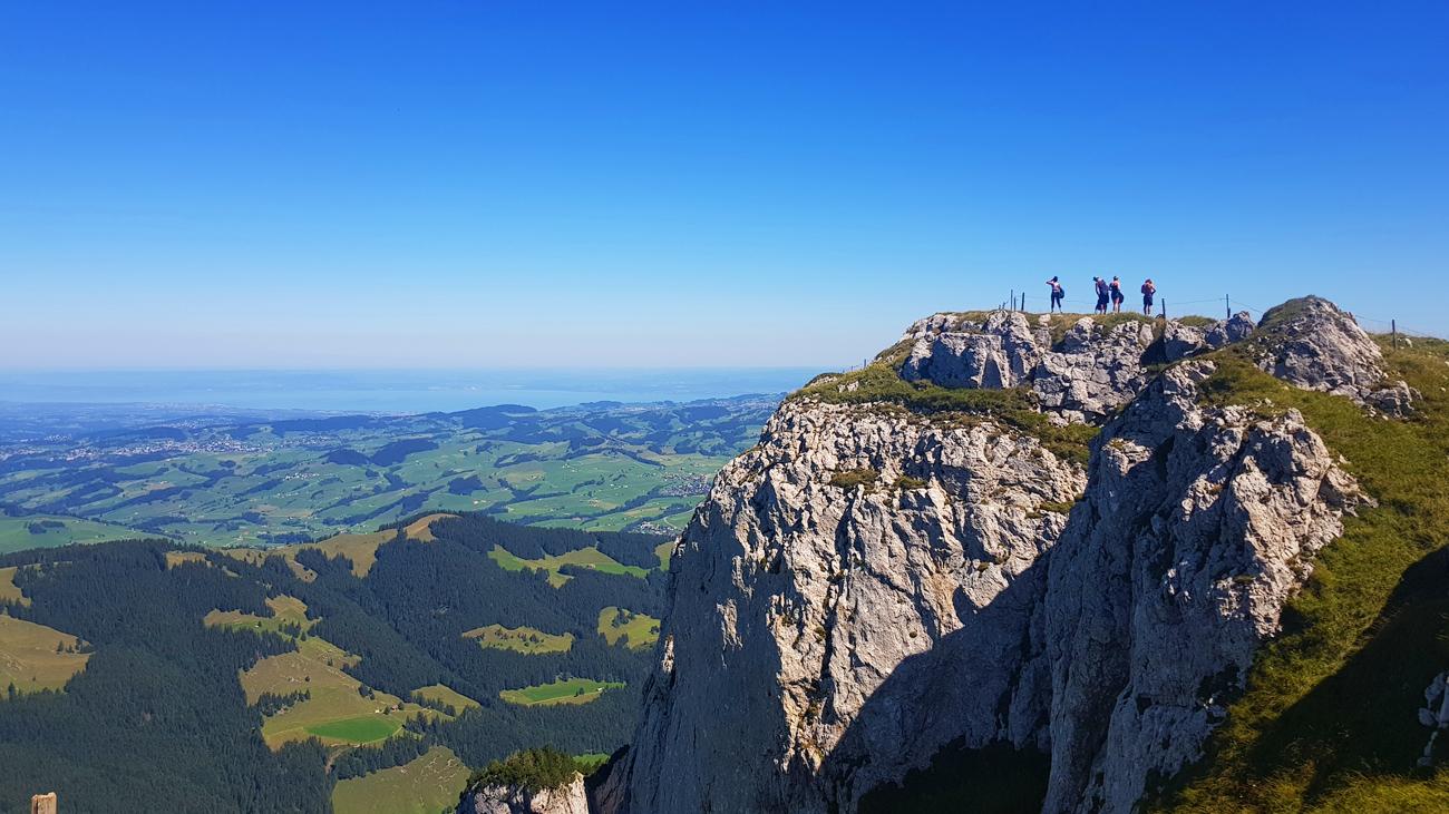 Exponierter Aussichtspunkt mit Blick auf den Bodensee im Norden, 18. August 2018