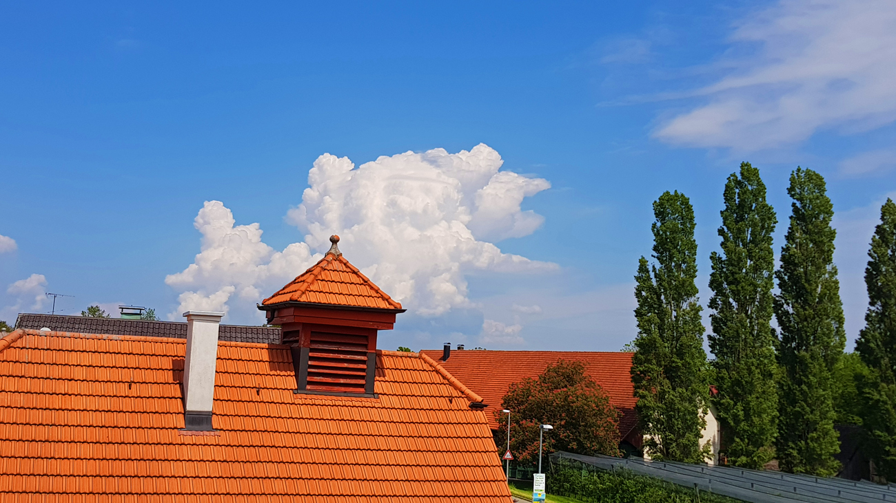 Gewitterentwicklung in Richtung Allgäu, 25. Mai 2019